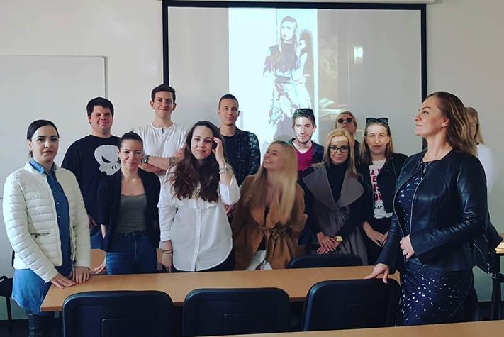 IBS - GUEST TEACHER BARBARA LEBER :   IBS vendégelőadó voltam ma. Ismet nagy élmény volt. — at IBS International Business School Budapest - Vienna.